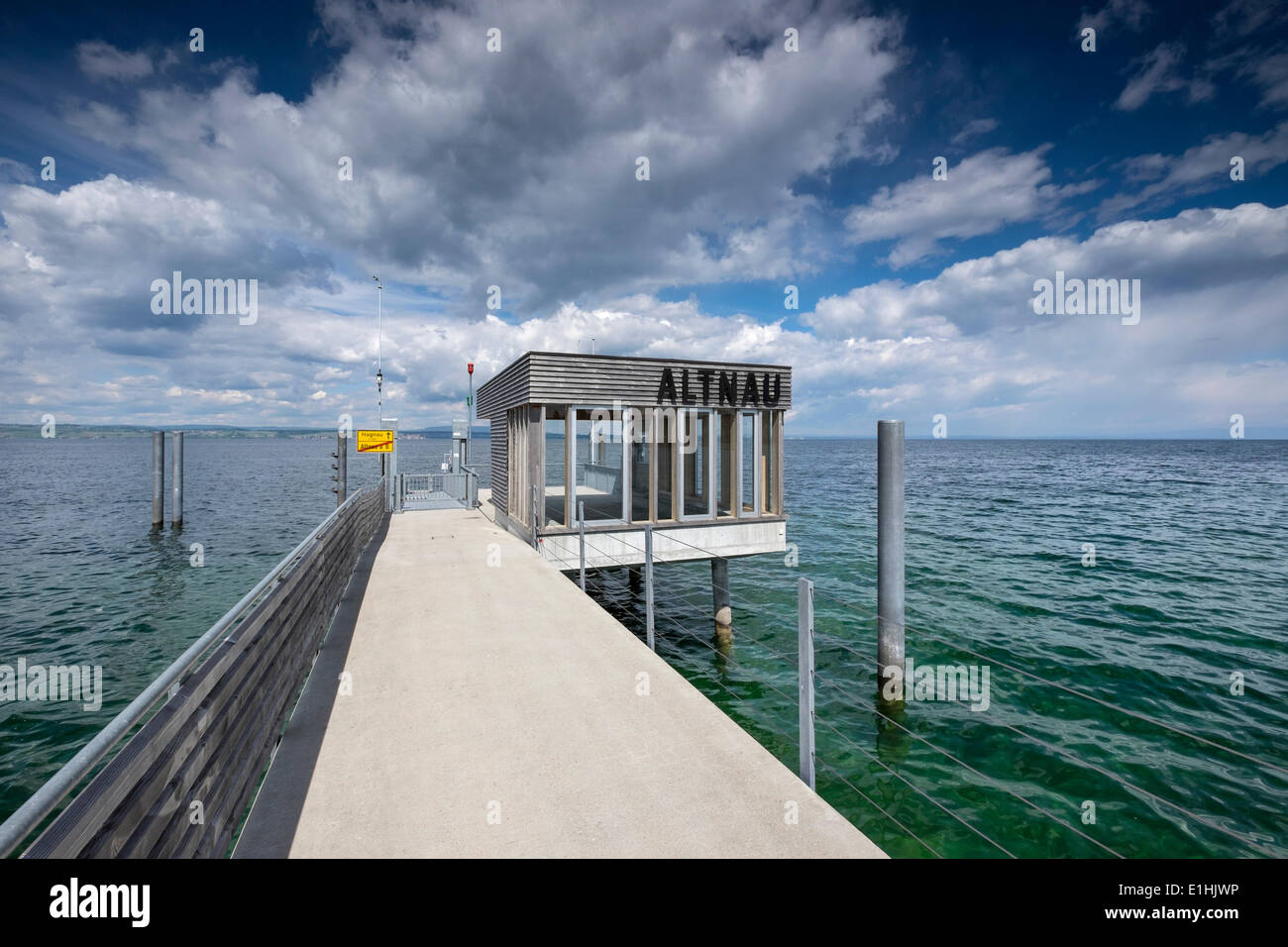 Pier with shelter at Lake Constance, Altnau, Canton of Thurgau, Switzerland - Stock Image