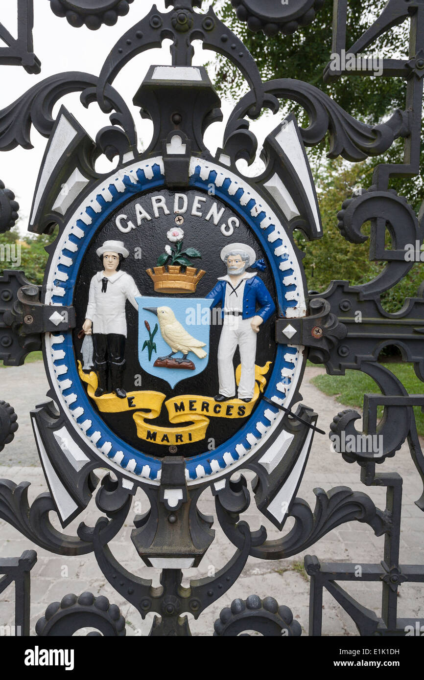 Detail of Crest at Entrance to the Halifax Public Gardens. A colourful crest decorates the iron gates of this Halifax park. - Stock Image