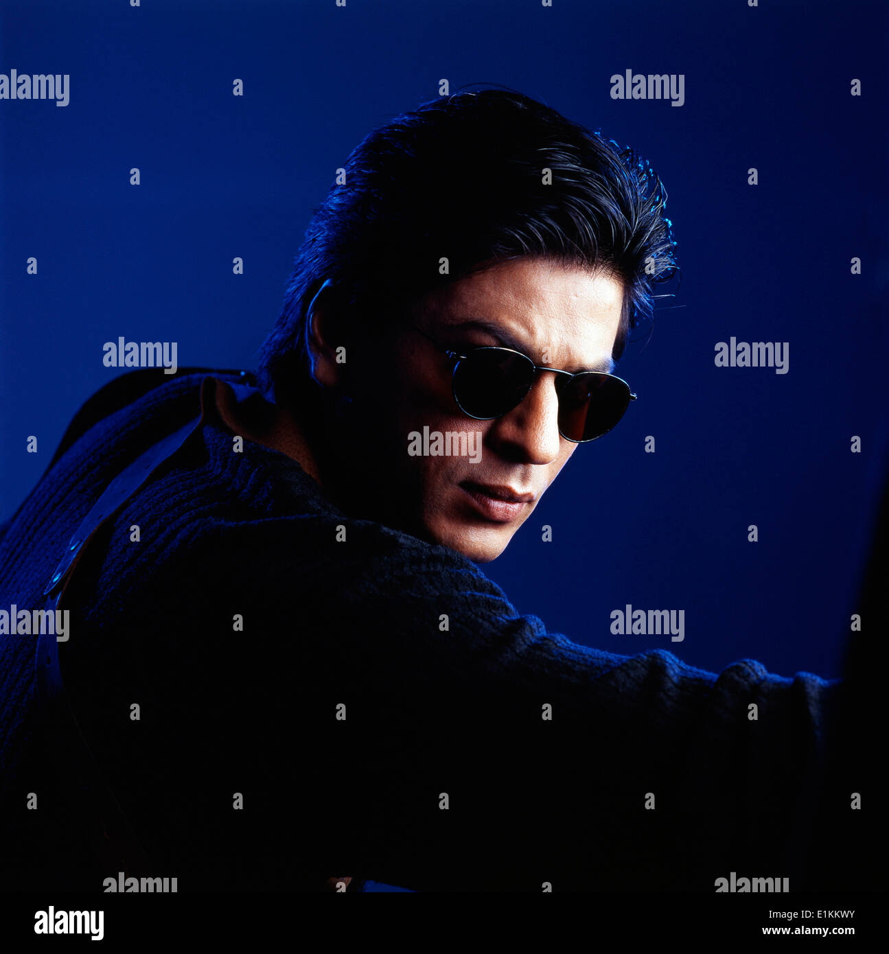 1e95414a9a7 Shahrukh Khan wearing sunglasses Indian bollywood hindi movie film actors  India