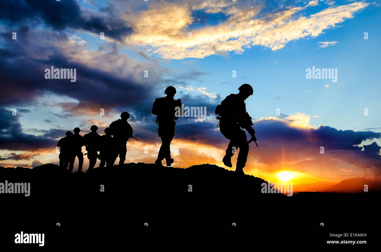 Australian soldiers with the 7th Battalion, The Royal Australian Regiment, assigned to the U.S. Army 2nd Cavalry Stock Photo