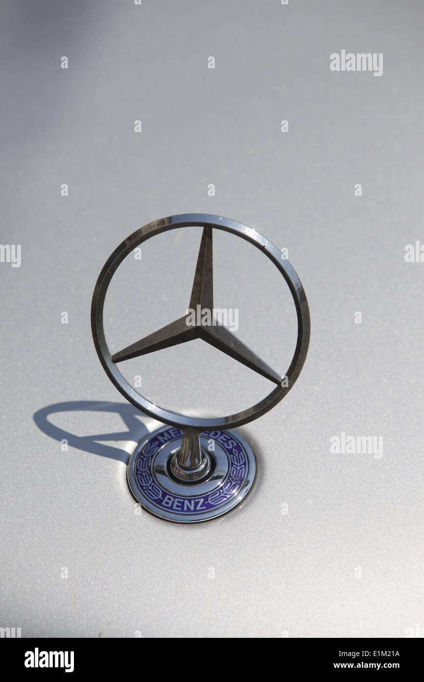 Mercedes logo on car - Stock Image