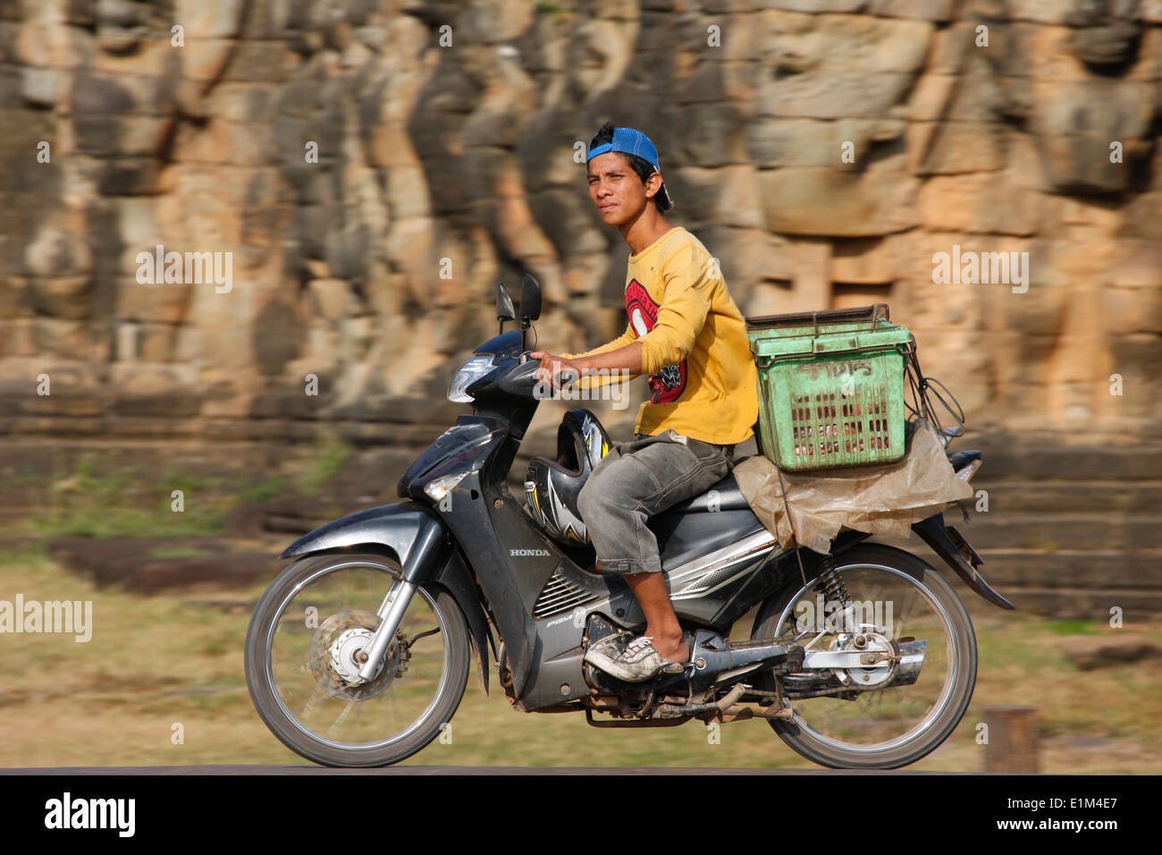 Motorcycle delivery - Stock Image