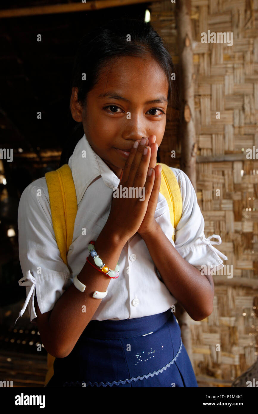 cambodian-schoolgirl-sex-hot-maked-pinoy-men