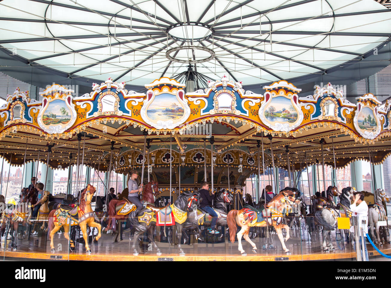 Jane's Carousel, Brooklyn Bridge Park, NYC - Stock Image