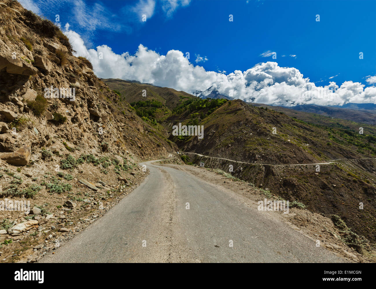 Road in Himalayas.  Lahaul valley, Himachal Pradesh, India - Stock Image