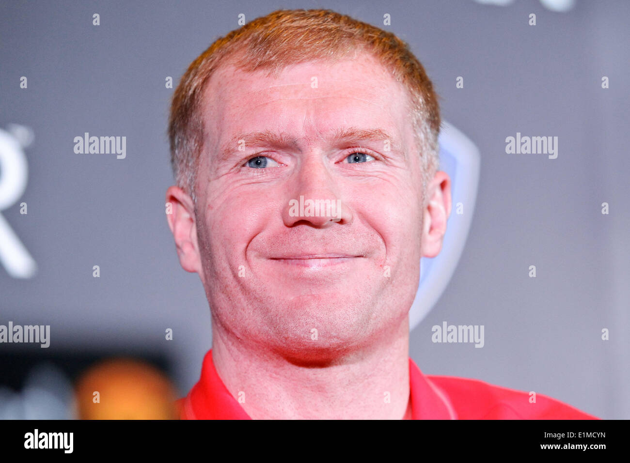 Manila, Philippines. 6th June, 2014. Makati, Philippines - Former Manchester United player Paul Scholes smiles for the media during a press conference in Makati on June 6, 2014. Together with Andy Cole, they will play an exhibition game against local amatuer and professional football players. Credit:  Mark Cristino/NurPhoto/ZUMAPRESS.com/Alamy Live News - Stock Image