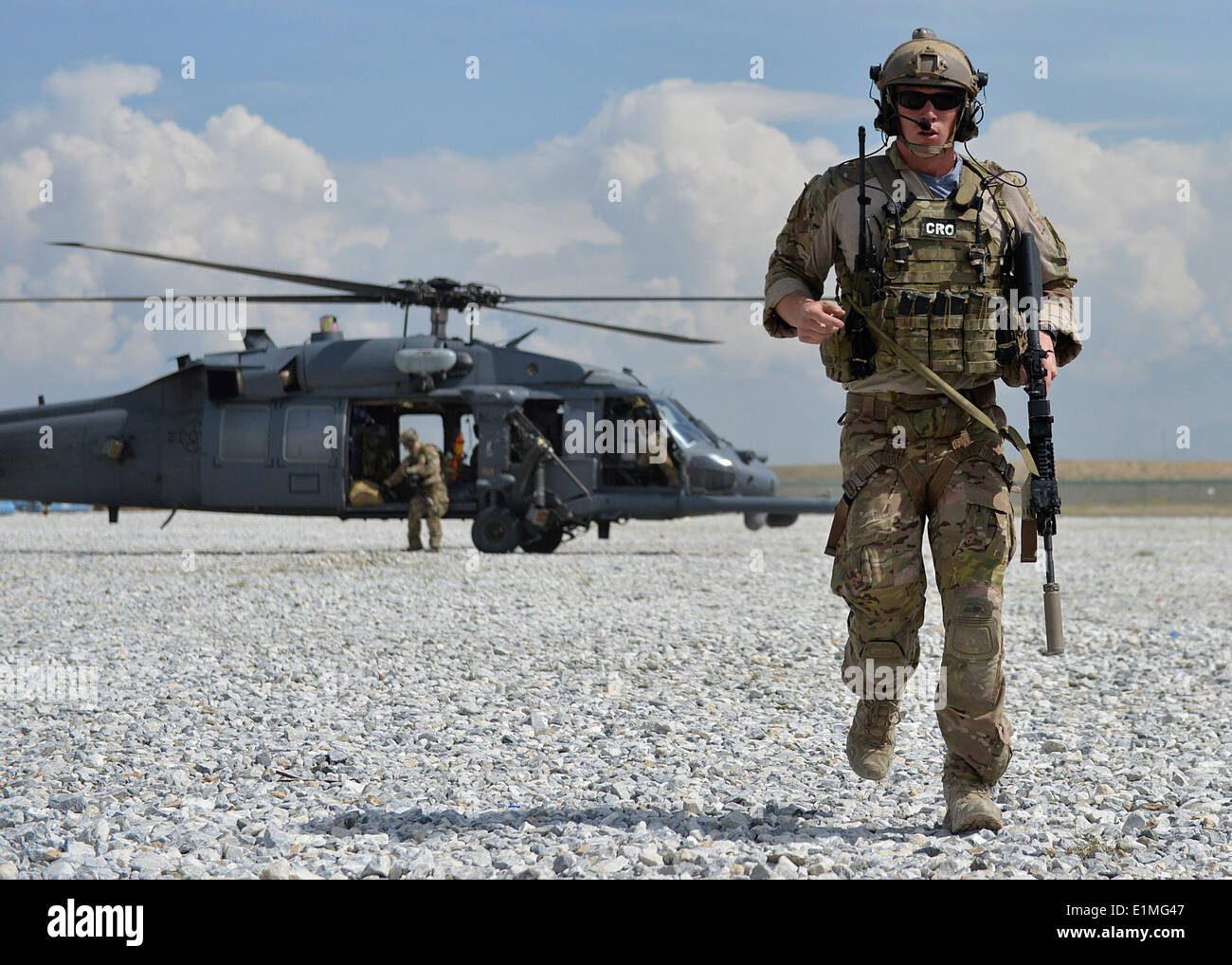 U S Air Force 1st Lt Christopher Goetz A Combat Rescue Officer With The 83rd Expeditionary Rescue Squadron Walks From An Hh