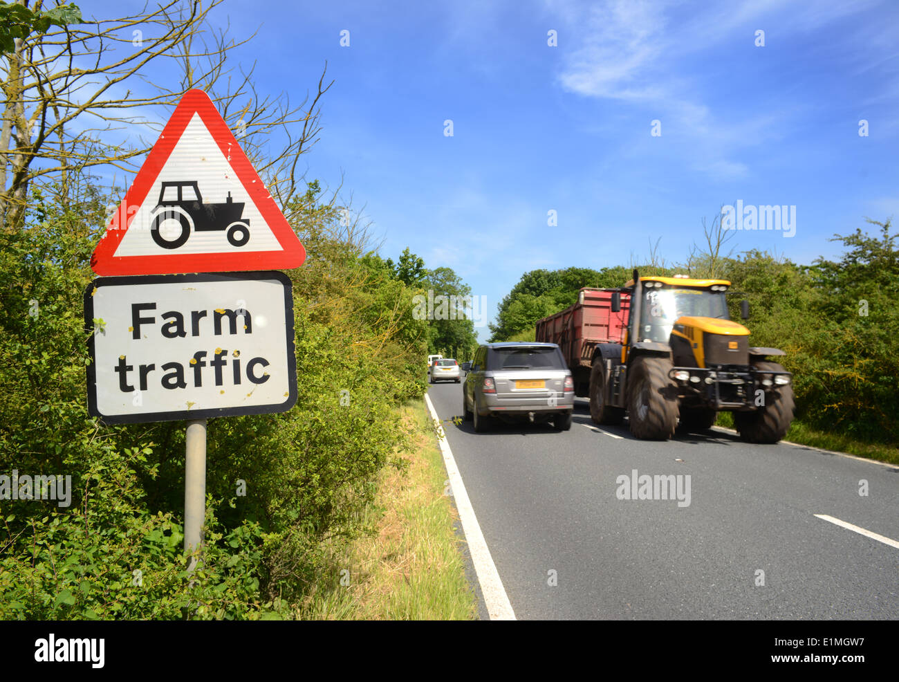 Big Slow Moving Tractor Sign : Road traffic slow moving tractor stock photos