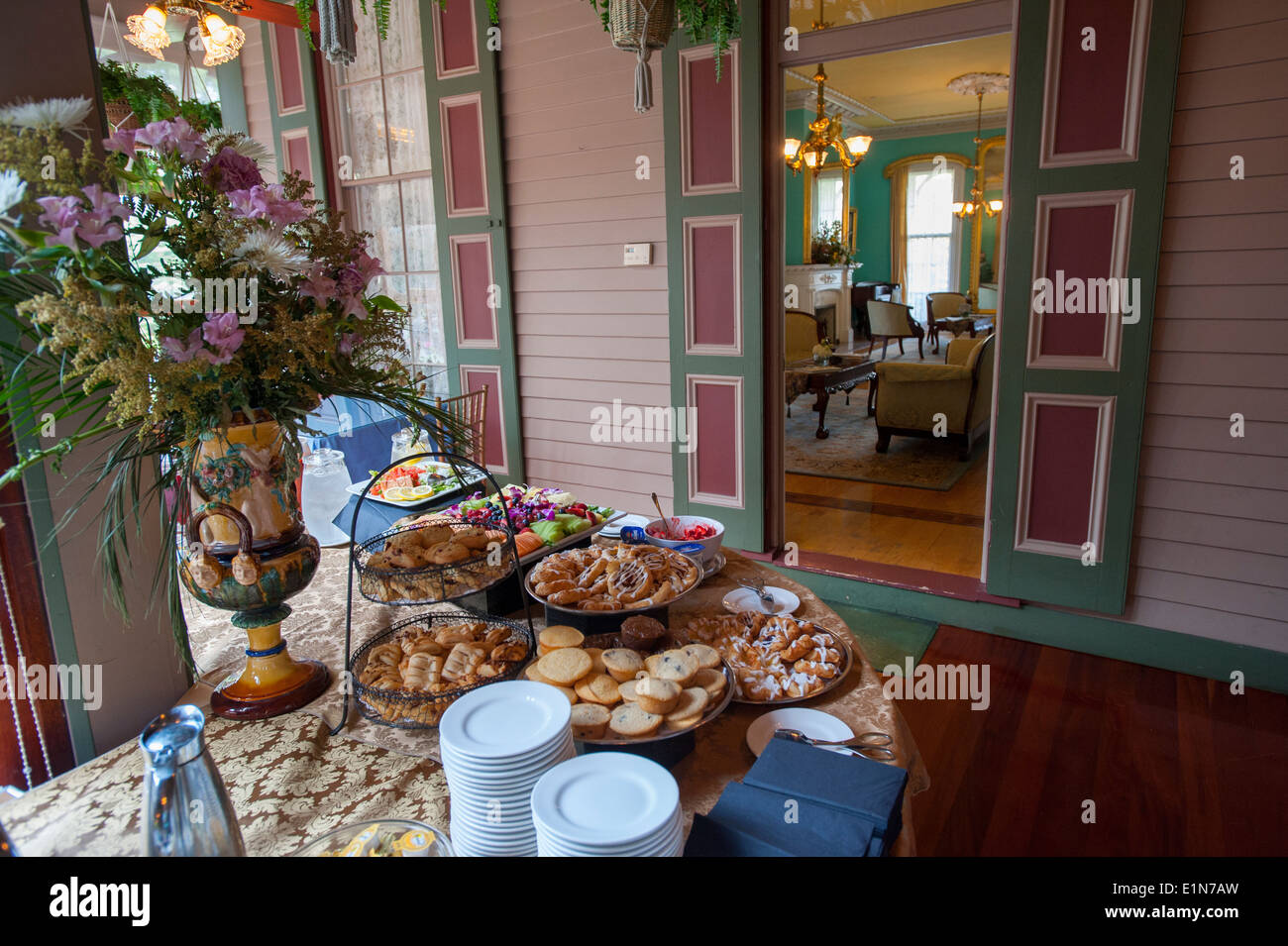 USA New Jersey NJ Cape May Southern Mansion B & B hotel old Victorian home now an inn - breakfast sunroom - Stock Image