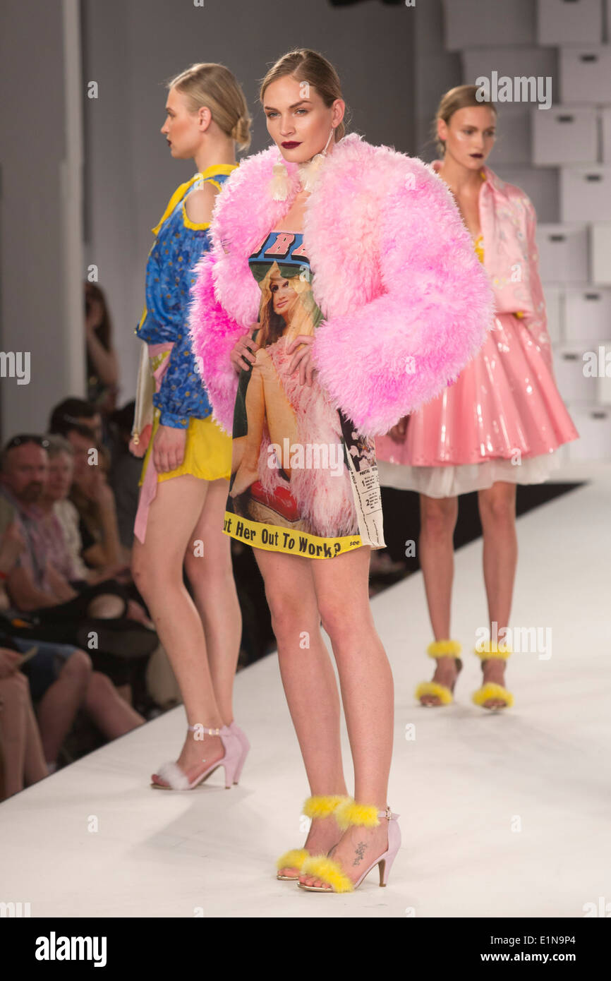 Graduate Fashion Week 2014 Awards Show, collection by Charlotte Lewis - Stock Image