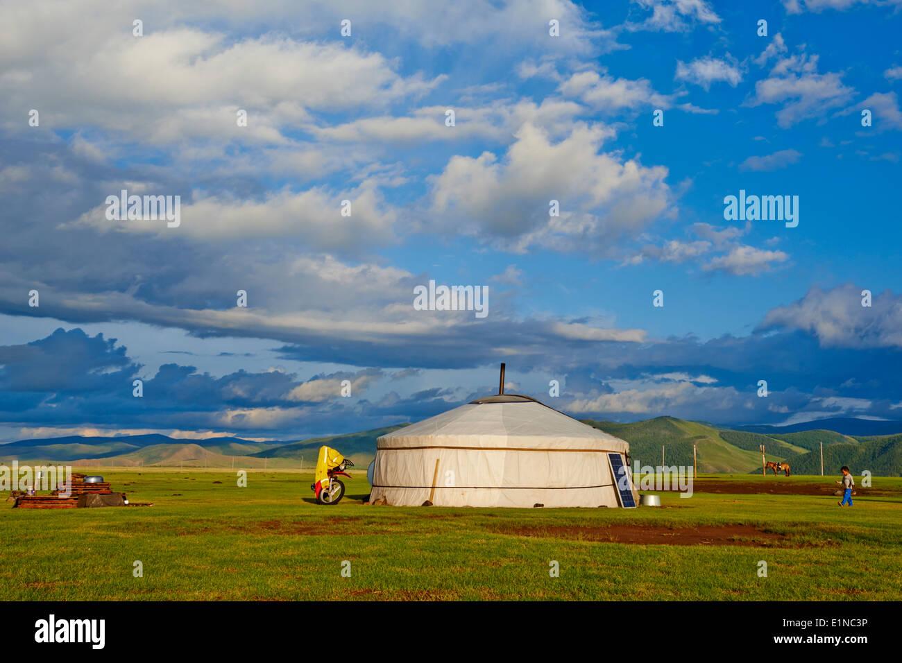 Mongolia, Ovorkhangai province, Okhon valley, Nomad camp Stock Photo