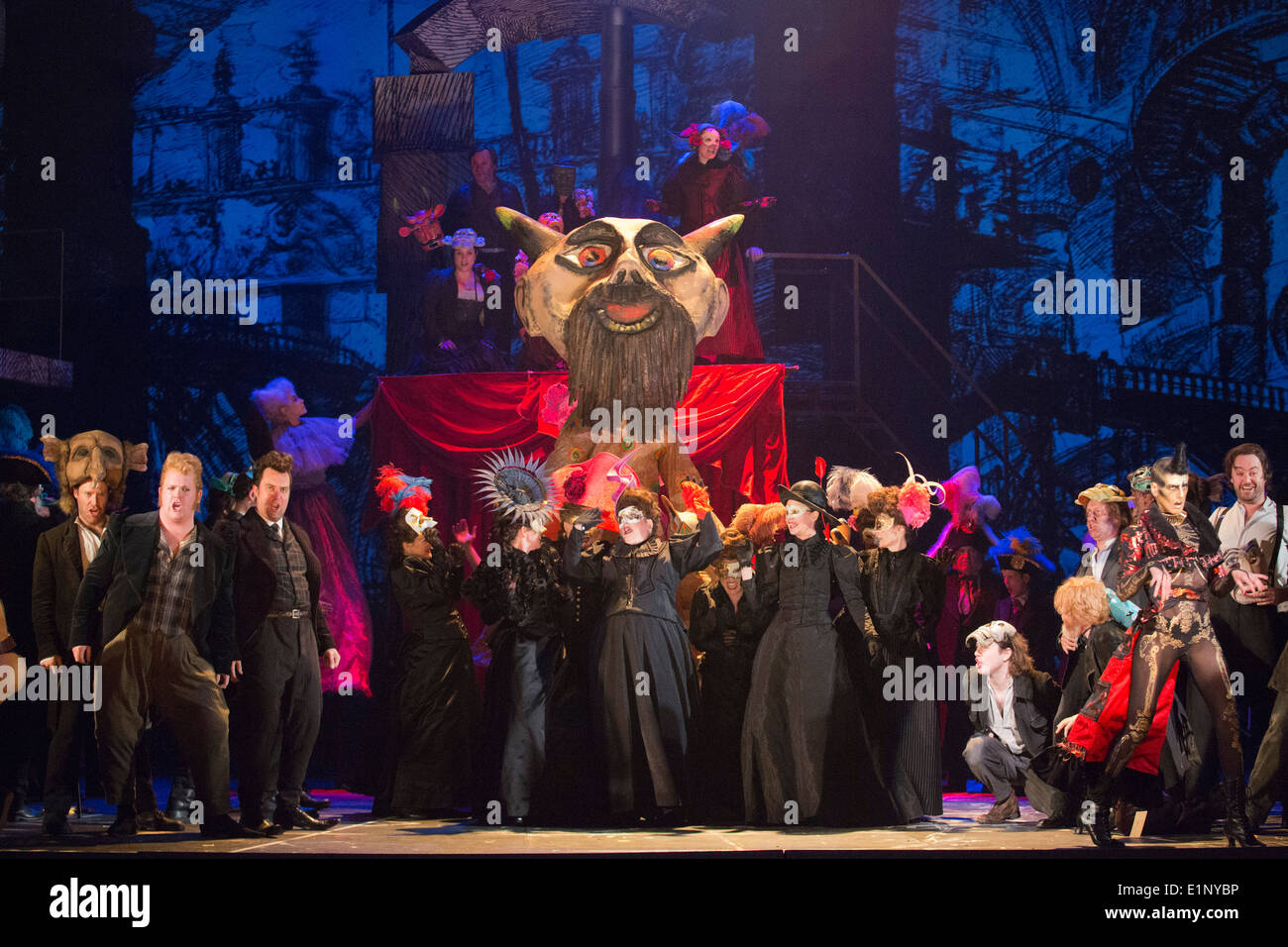 Dress rehearsal of the Berlioz opera Benvenuto Cellini directed by Terry Gilliam at the London Coliseum. - Stock Image