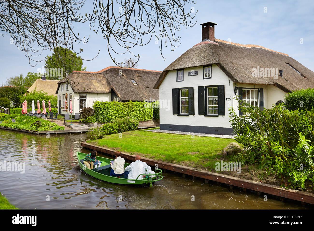 Giethoorn canal village - Holland Netherlands - Stock Image