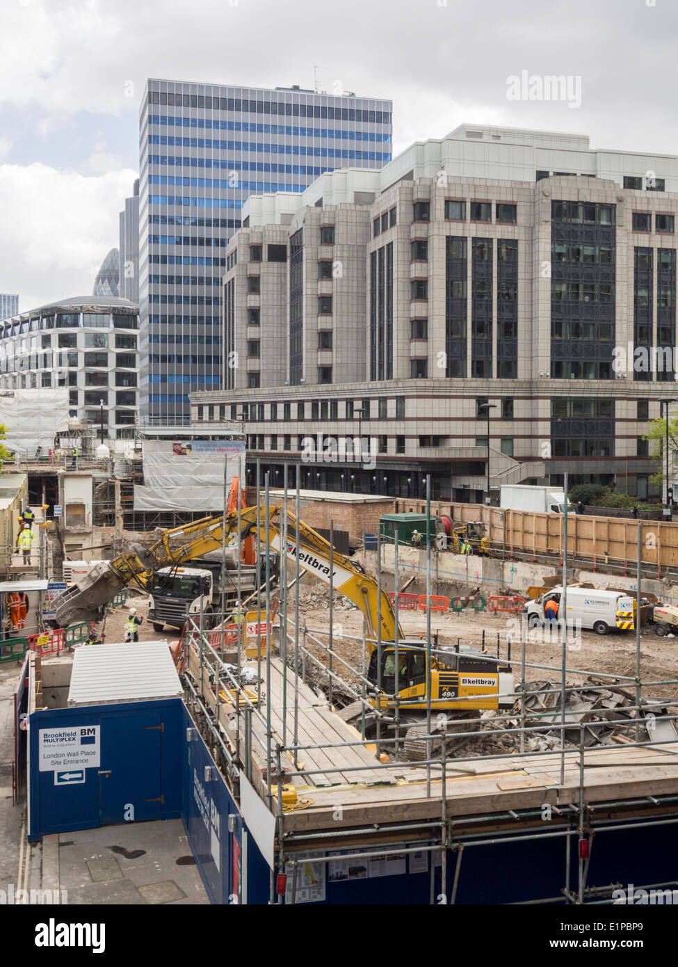 Building site on London Wall in the City of London - Stock Image