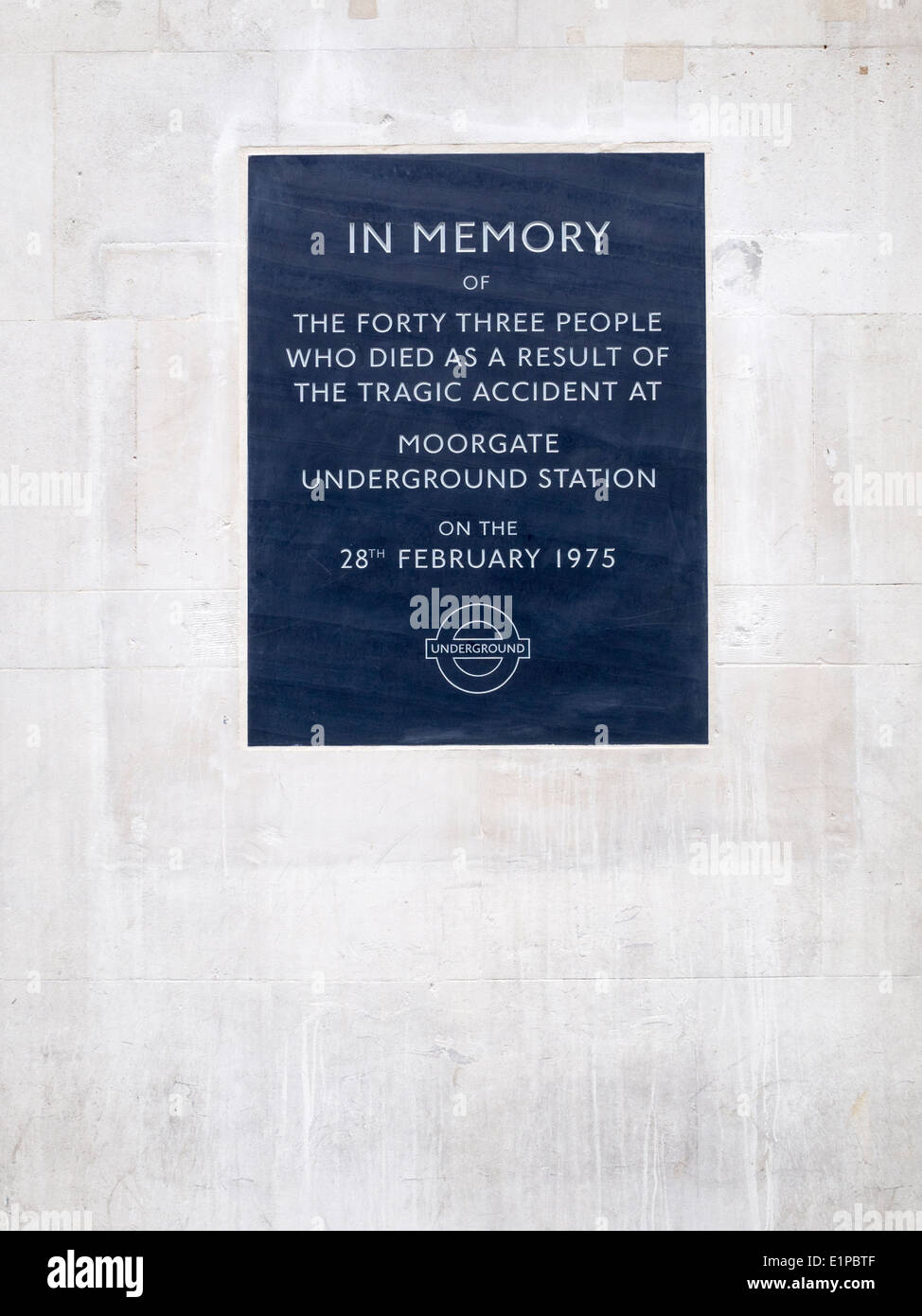 Memorial to the Moorgate trash crash at Moorgate Station London in 1975 - Stock Image