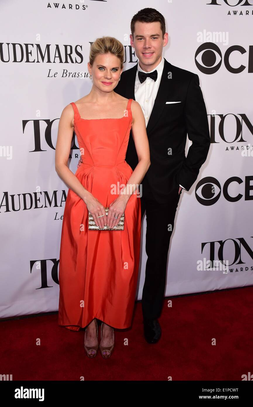 New York, NY, USA. 8th June, 2014. Celia Keenan-Bolger, Brian J. Smith at arrivals for The 68th Annual Tony Awards 2014, Radio City Music Hall, New York, NY June 8, 2014. Credit:  Gregorio T. Binuya/Everett Collection/Alamy Live News - Stock Image