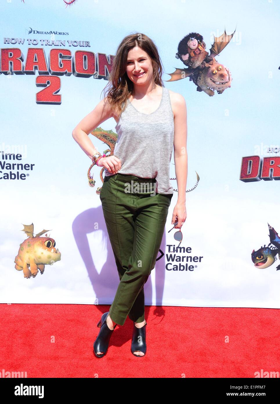 Los Angeles, CA, USA. 8th June, 2014. Kathryn Hahn at arrivals for HOW TO TRAIN YOUR DRAGON 2 Premiere, The Regency Village Theatre, Los Angeles, CA June 8, 2014. Credit:  Dee Cercone/Everett Collection/Alamy Live News - Stock Image
