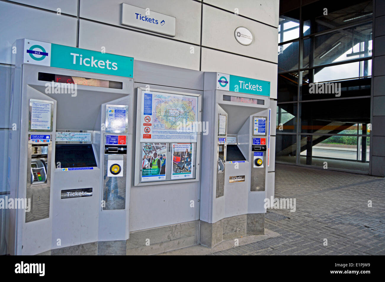 West Silvertown DLR Station Oyster ticket machines, London Borough of Newham, London, England, United Kingdom - Stock Image