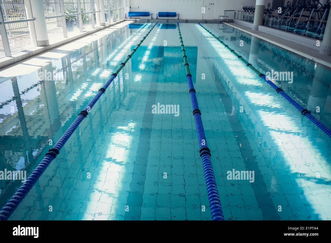 Large Swimming Pool Stock Photos Large Swimming Pool Stock Images Alamy