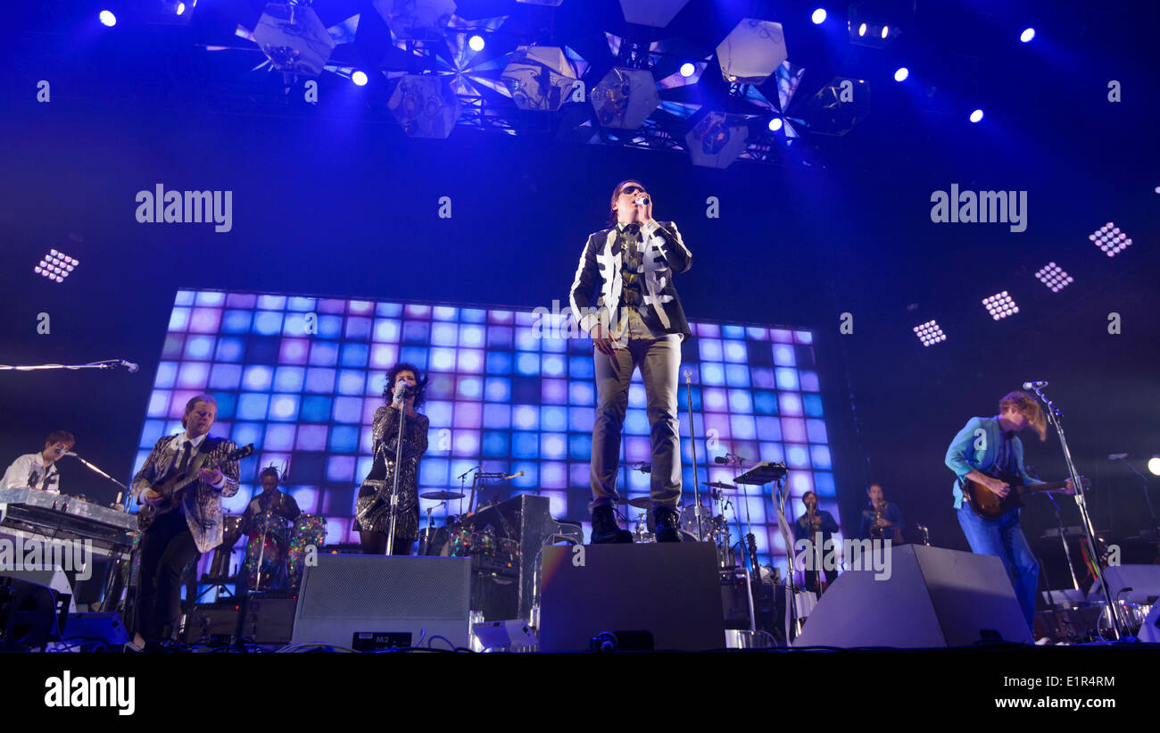 Arcade Fire plays Earls Court on 07/06/2014 at Earls Court, London.  Persons pictured: Win Butler, Régine Chassagne, Richard Reed Parry, William Butler,Jeremy Gara, Tim Kingsbury. Picture by Julie Edwards - Stock Image
