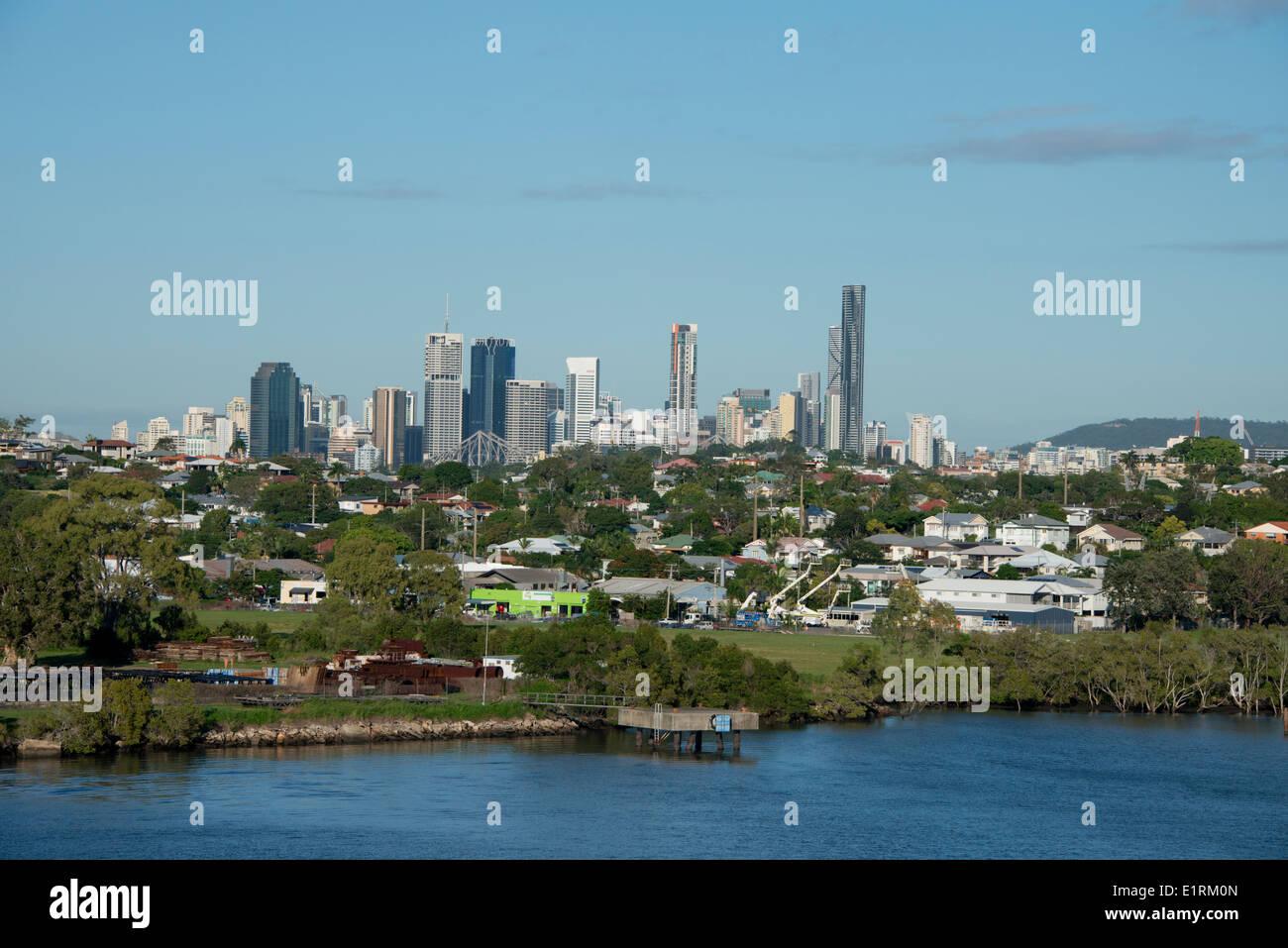 Australia, Queensland, capital city of Brisbane. Brisbane River view of downtown city skyline. - Stock Image