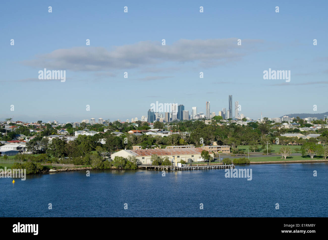 Australia, Queensland, capital city of Brisbane. Brisbane River view of downtown city skyline. - Stock Image