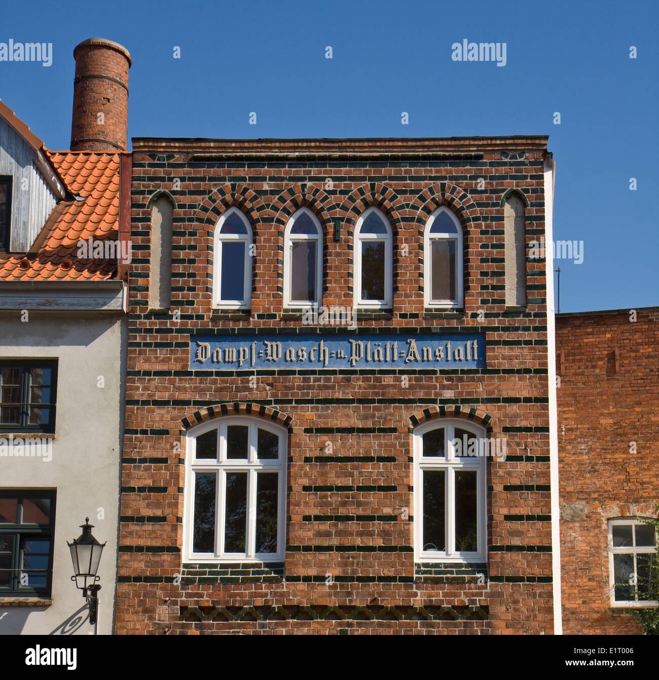 Europa, Deutschland, Mecklenburg-Vorpommern, Wismar, Dampf- Wasch- Plaett Anstalt - Stock Image