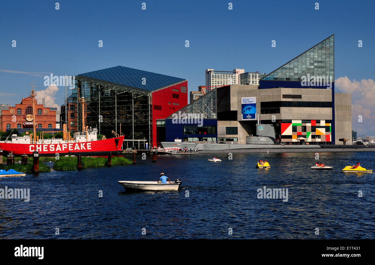 Baltimore, Maryland:  Inner Harbor & National Aquarium - Stock Image