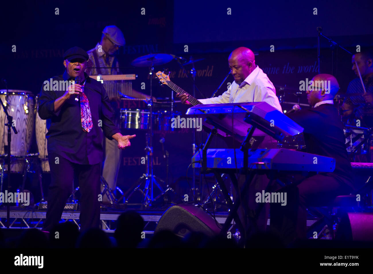 Hugh Masekela, South African jazz legend playing with his band at Hay Festival 2014 ©Jeff Morgan - Stock Image