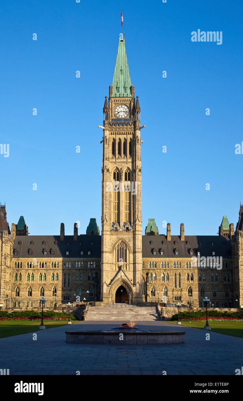 The Peace Tower (officially the Tower Victory Peace) Centre Block the Canadian parliament buildings in Ottawa Ontario - Stock Image