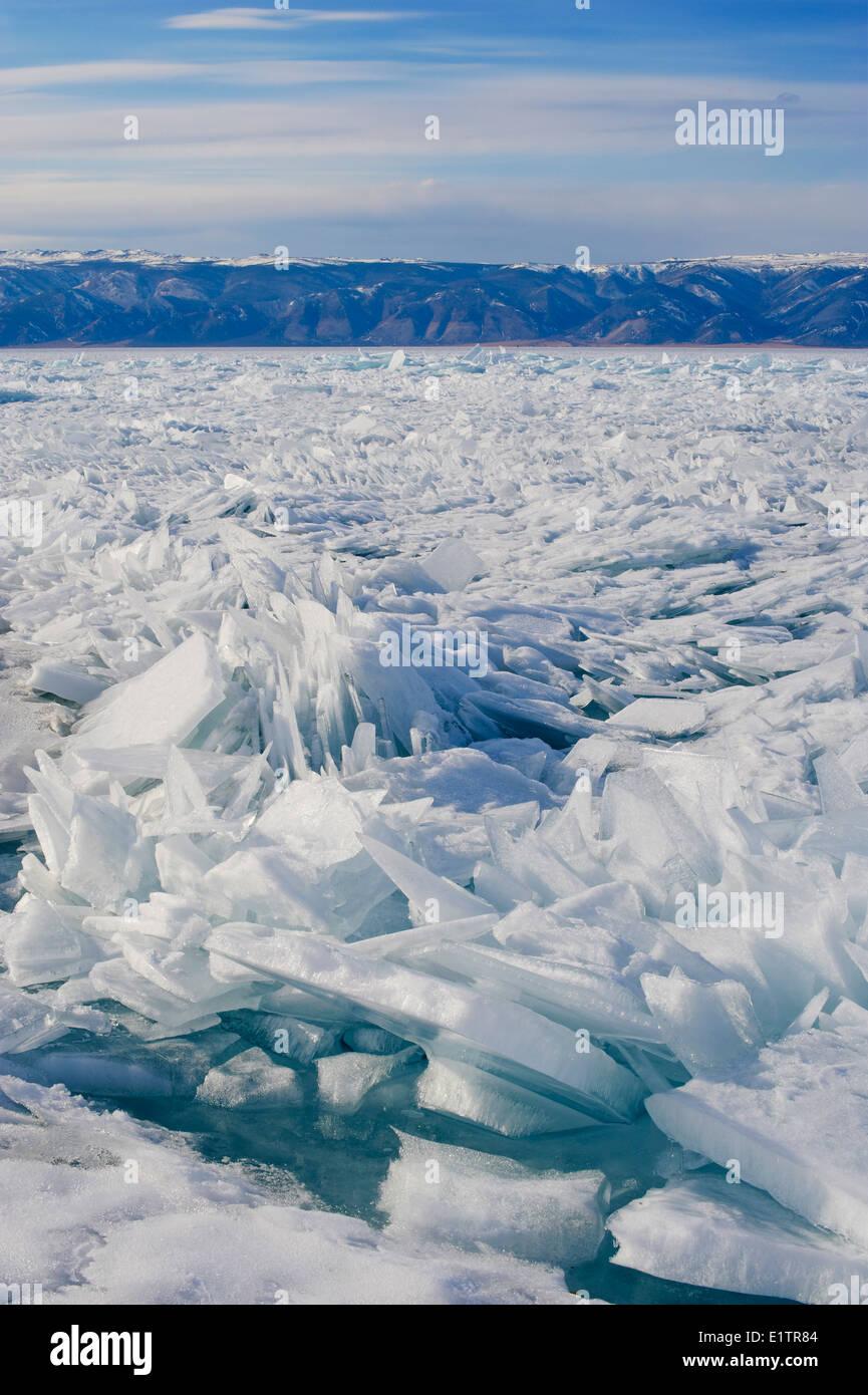 Russia, Siberia, Irkutsk oblast, Baikal lake, Maloe More (little sea), frozen lake during winter - Stock Image