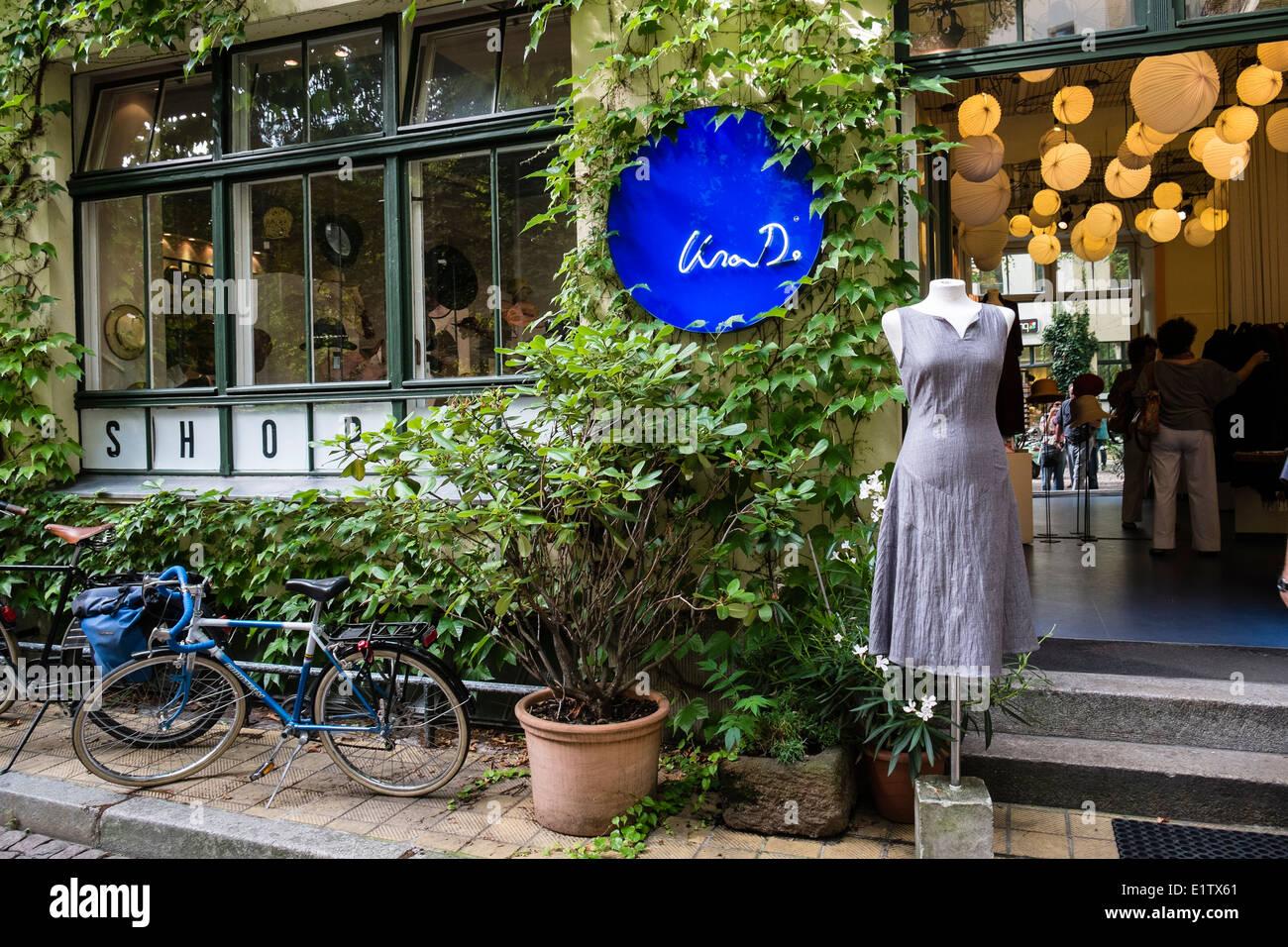 Lisa D fashion shop in Hackescher Markt courtyard in Berlin Germany - Stock Image