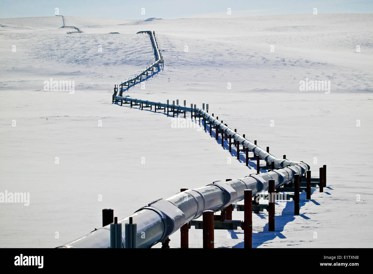 Crude Oil Pipelines In The United States Stock Photos & Crude Oil