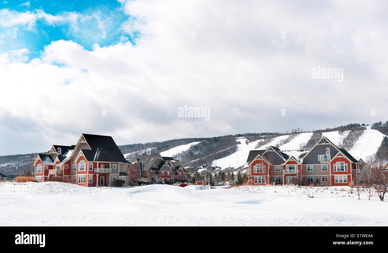 Lodging and cottages at Blue Mountain alpine ski resort, Collingwood, Ontario, Canada - Stock Image
