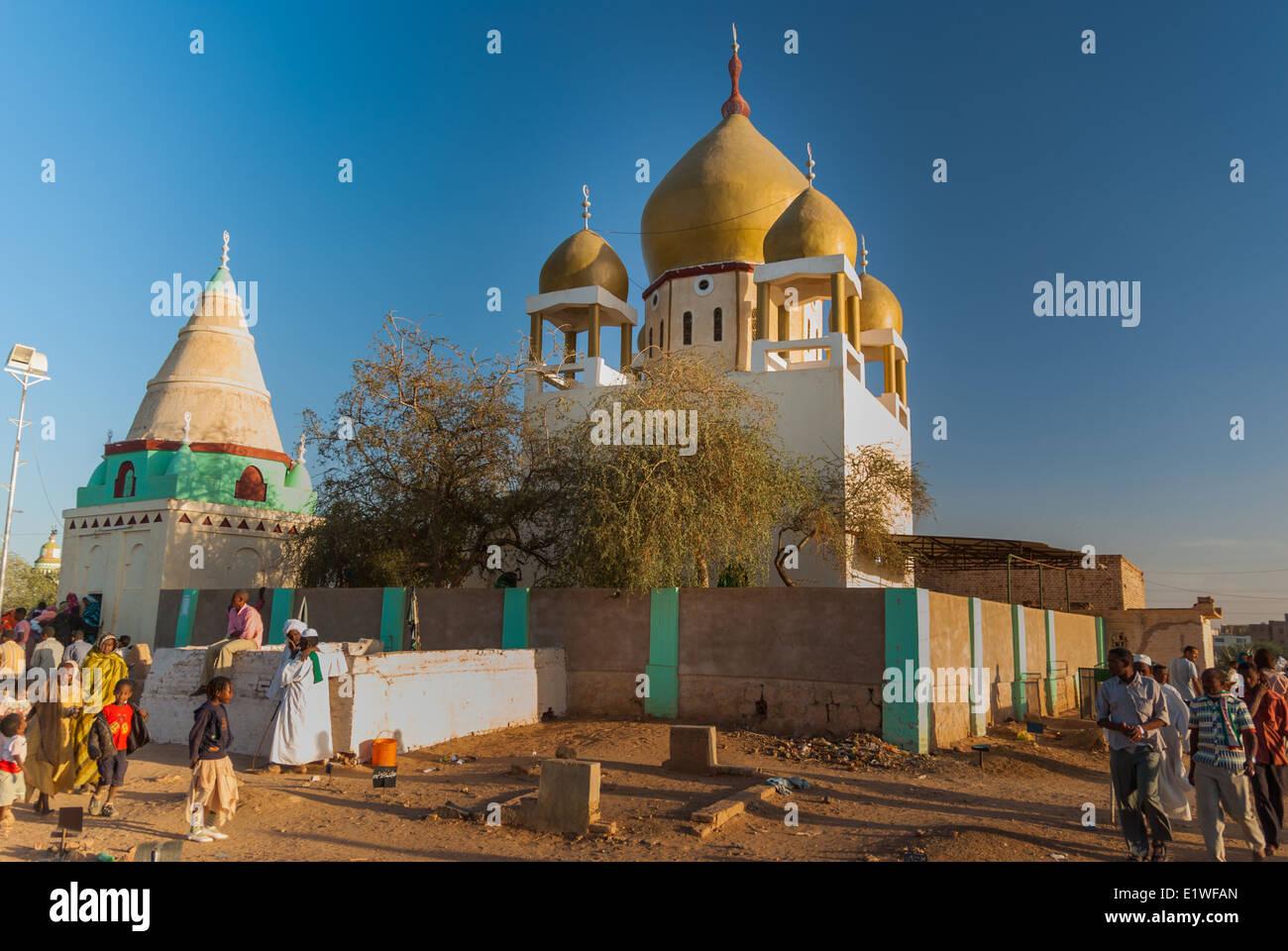 Sheikh Hamad al-Nil Tomb and Mosque, Omdurman, Sudan - Stock Image