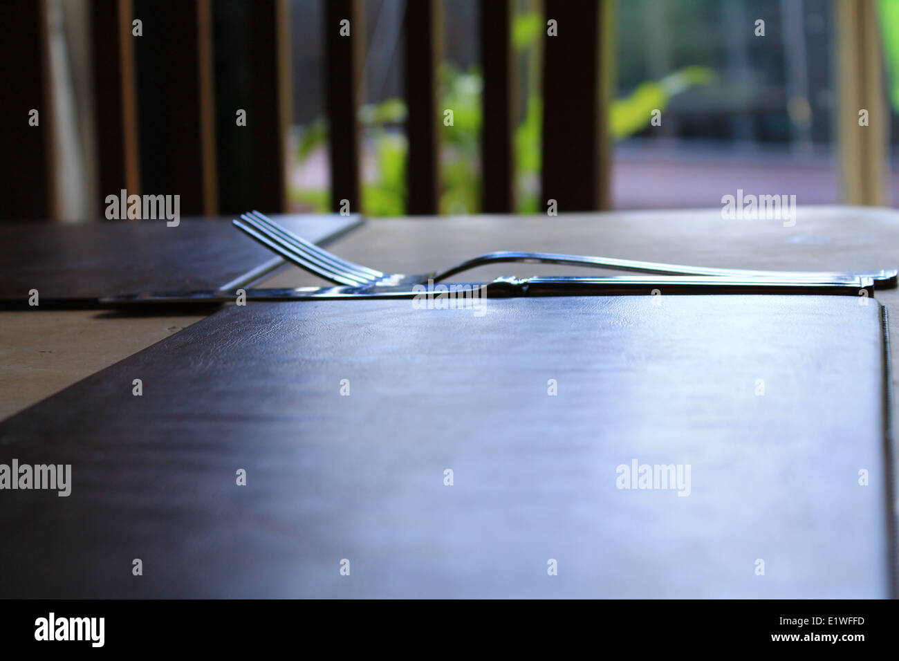 A place setting in a public house dining room table - Stock Image