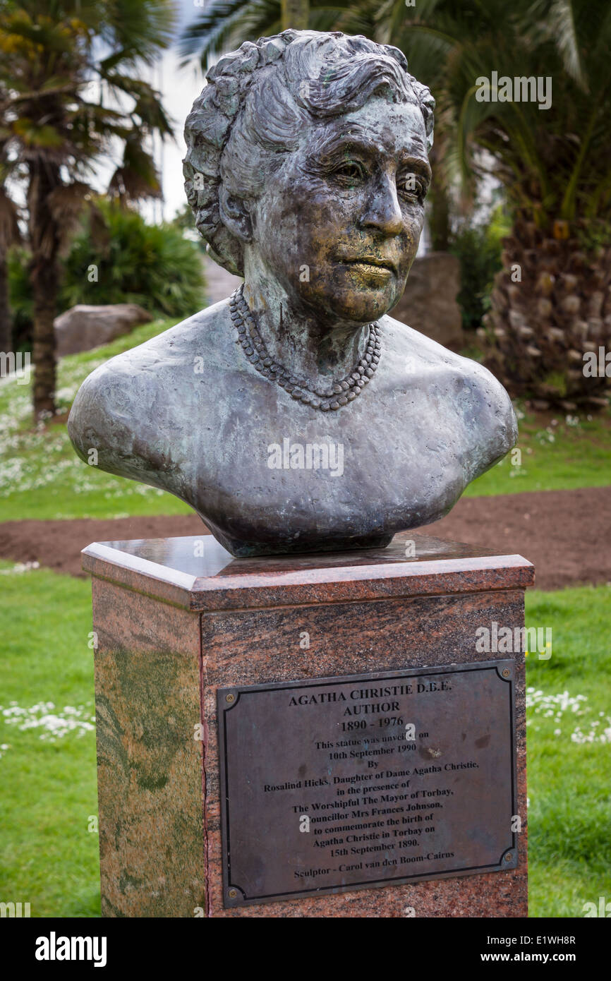 A statue to the world renowned author Agatha Christie in her home town of Torquay, Devon - England. - Stock Image
