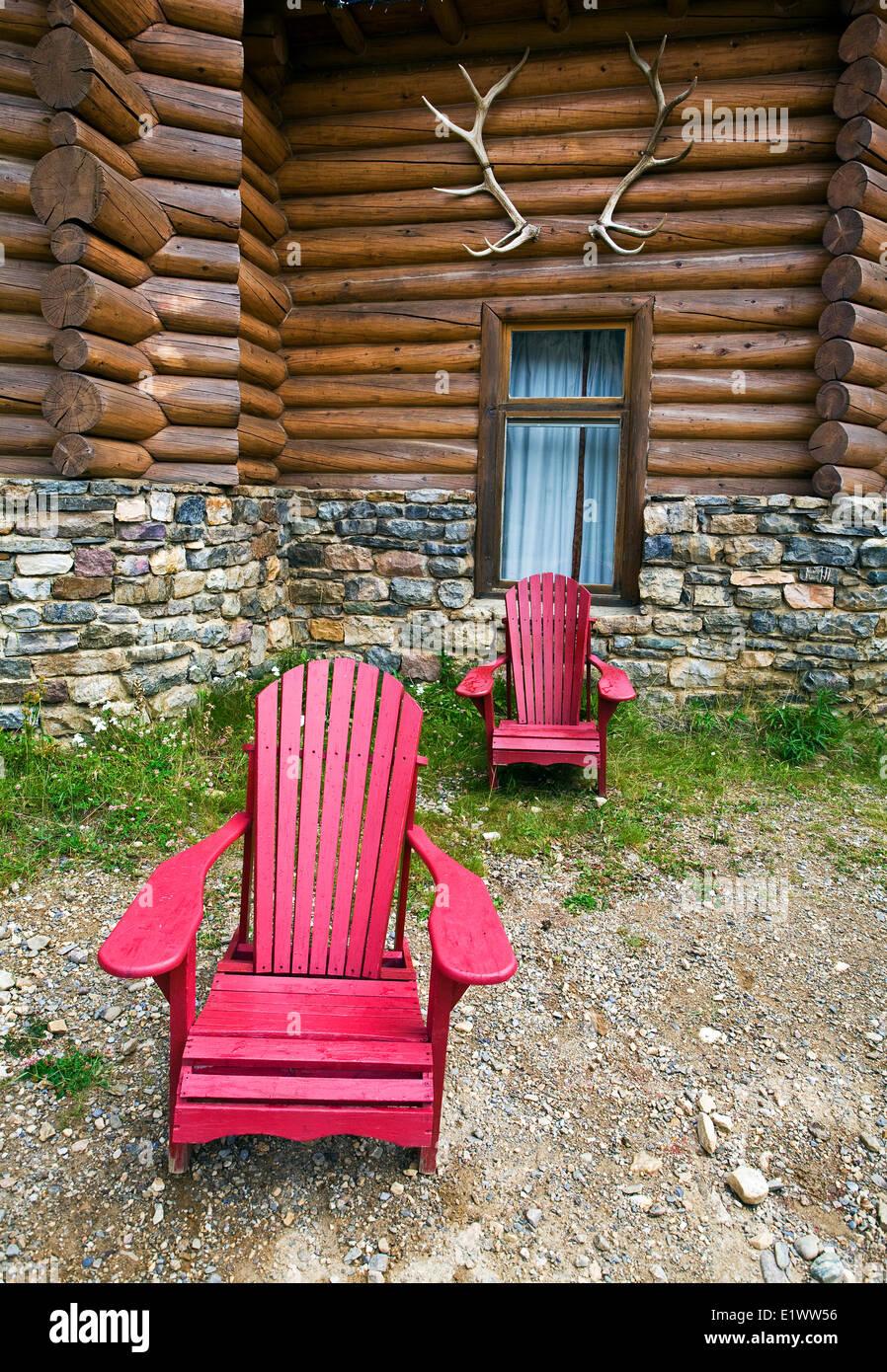 Deck chairs at Num-Ti-Jah lodge, Banff National Park, Alberta, Canada. - Stock Image