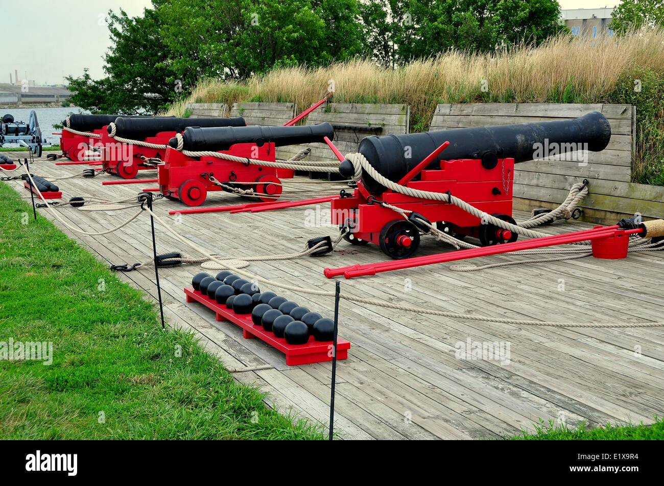 BALTIMORE, MARYLAND: Cannons at Fort McHenry National Historic Park - Stock Image