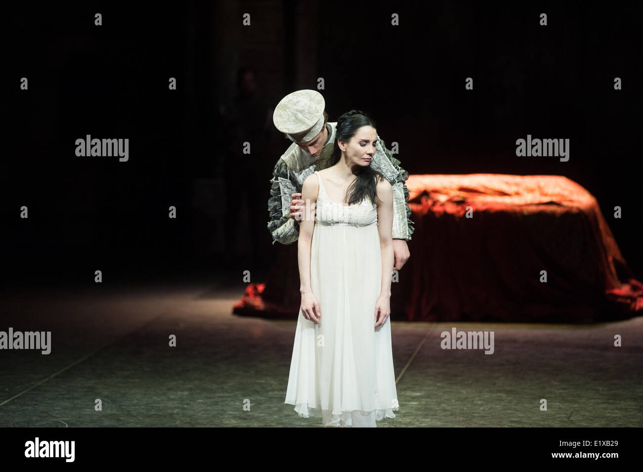 The English National Ballet presents the dress rehearsal for Romeo and Juliet starring Tamara Rojo and Carlos Acosta - Stock Image