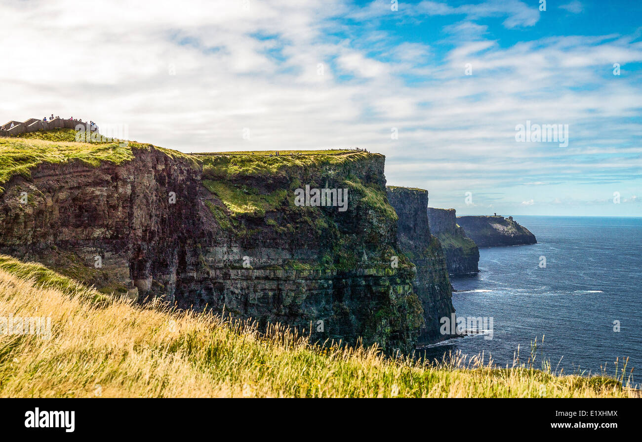 Ireland, Galway county, the Cliffs of Moher, view of the South Cliffs towards Hang Head - Stock Image