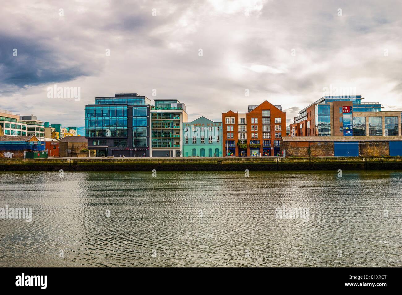 Ireland, Dublin, palaces of City quay - Stock Image