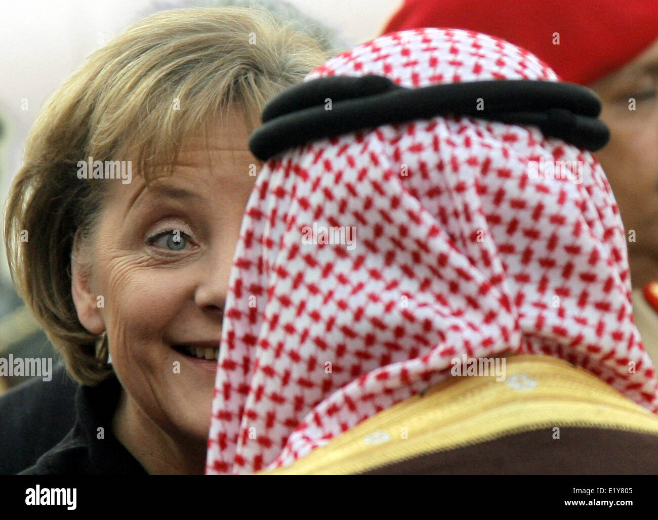 Chancellor Angela Merkel is welcomed with military honours in Riad and greets members of the royal family (04.02.2007). - Stock Image