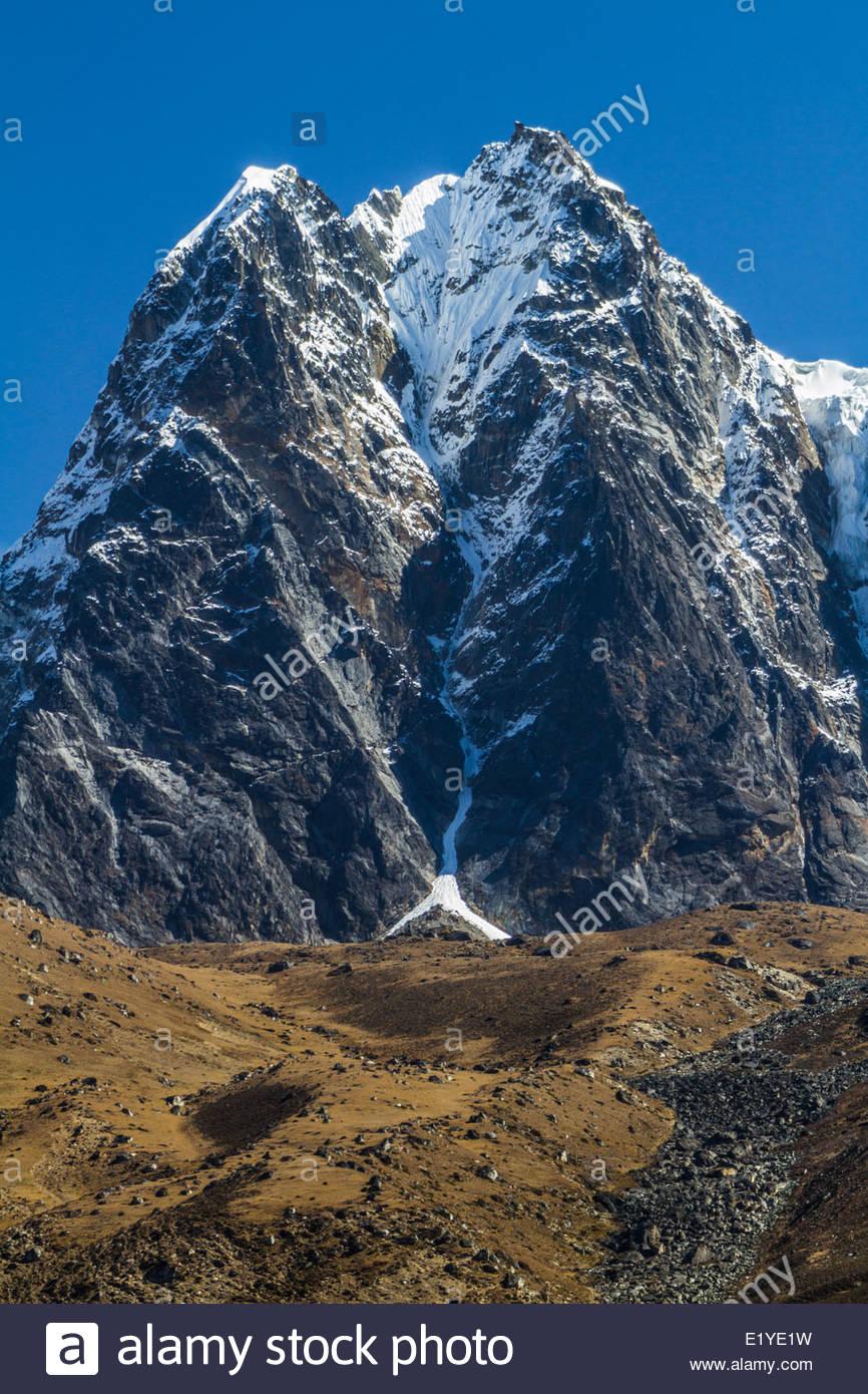 Jagged Himalaya Summit, Solukhumbu, Nepal, Asia - Stock Image