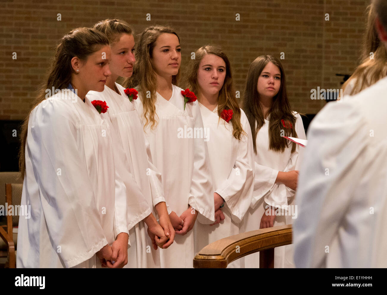 Lutheran teenagers participate in the Rite of Confirmation at St. Martin's Lutheran Church in Austin. - Stock Image