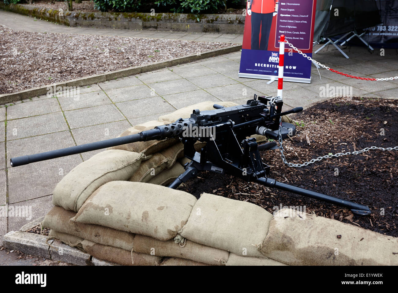 Machine Gun Stock Photos & Machine Gun Stock Images - Alamy
