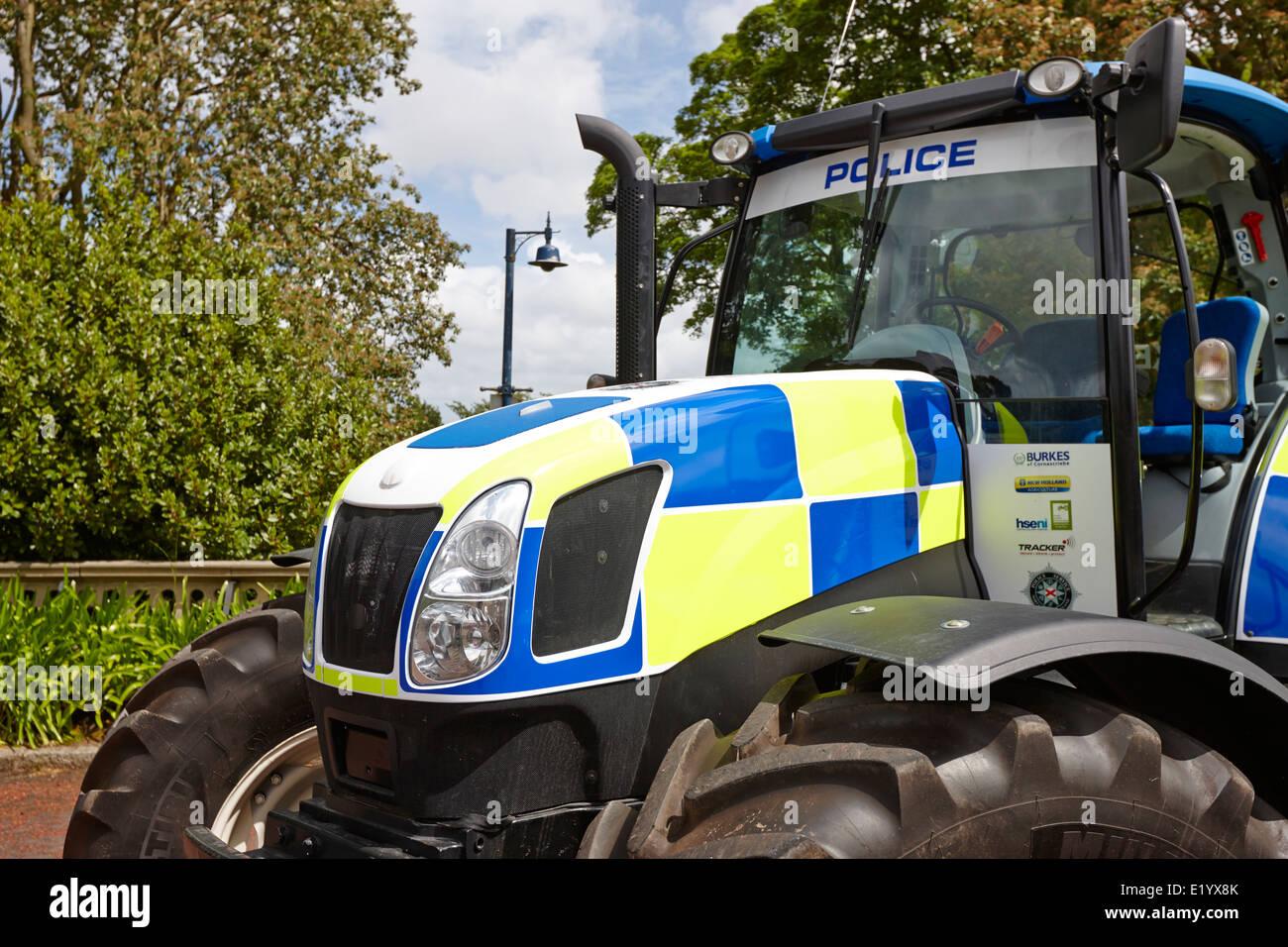 psni battenberg livery tractor on display bangor northern ireland - Stock Image