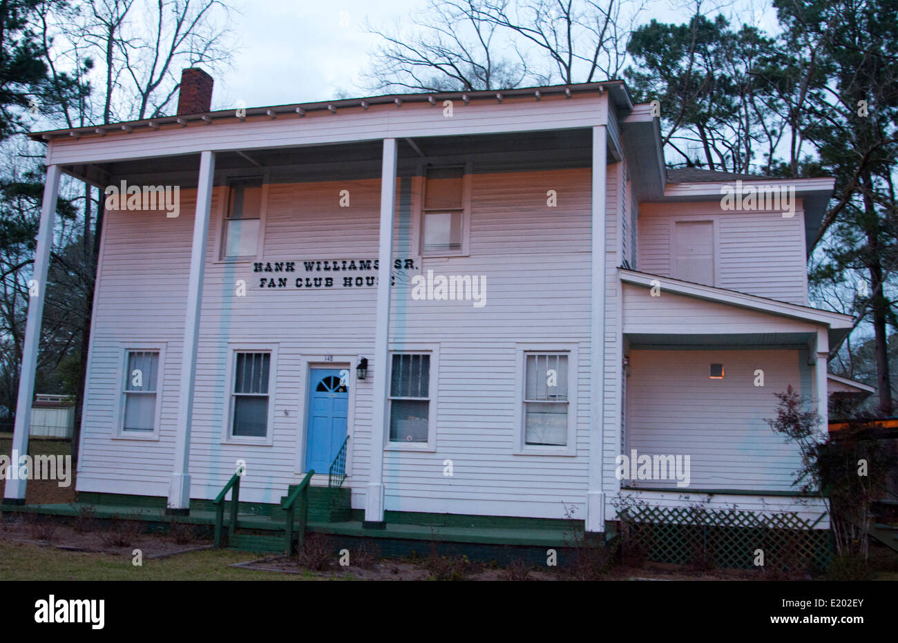 Georgiana Alabama Hank Williams Sr Fan Club House in hometown with large white home in small town music legend - Stock Image