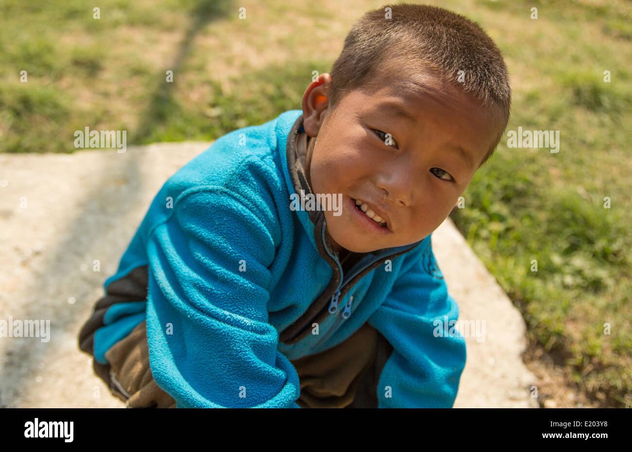 Kathmandu Nepal Nepali boy age 5 in Nayapati, Eastern Kathmandu 1 - Stock Image