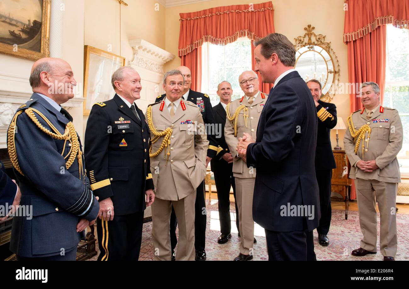 US Chairman of the Joint Chiefs Gen. Martin Dempsey, center left, and UK Chief of the Defence Staff Sir Nickolas Stock Photo